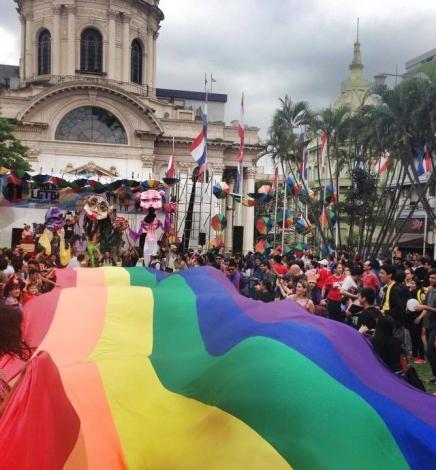 Por la igualdad y los derechos LGBTI, el Estado debe investigar los crímenes de odio y promover la tolerancia y no discriminación