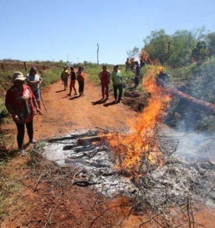 Paraguay necesita procedimientos jurídicos específicos para recuperar las tierras de la reforma agraria y los derechos campesinos