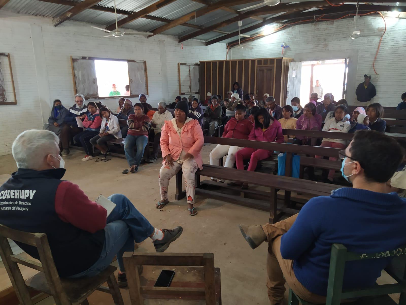 Reunión comunidad indígena kilómetro 40